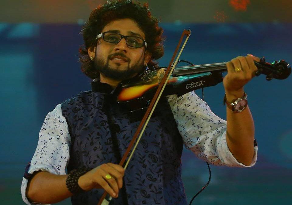 Up, Close and Personal with a Fiddle Prince: Sabareesh Prabhaker | Nameeta  Renchi